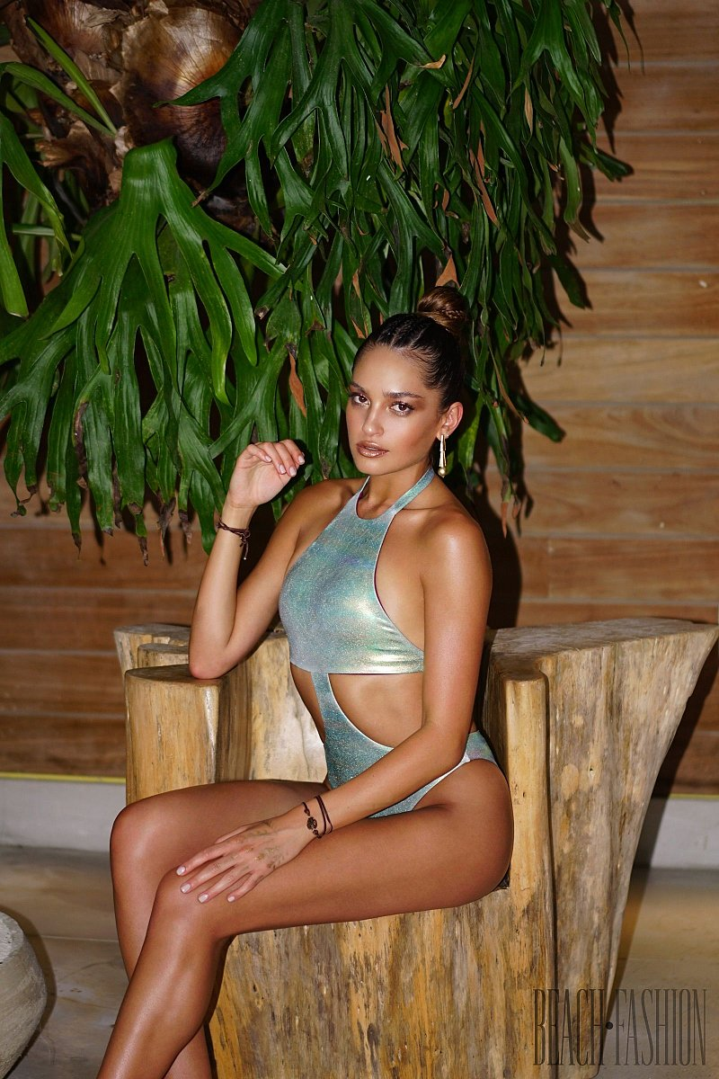 Revel Rey Resort 2018 - Swimwear - 1